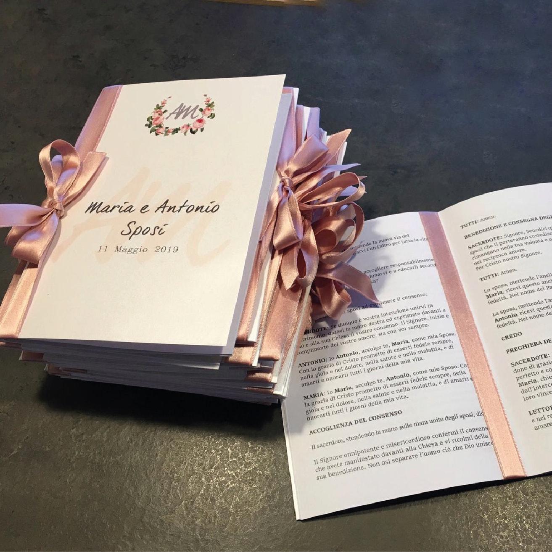 libretti messa o messalini in formato a5 in carta perlata bianca rilegati con nastro rosa antico