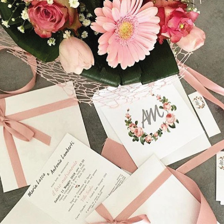 coordinato nozze partecipazioni matrimonio rosa cipria rosa antico tema floreale
